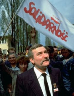 Dall'Europa: Lech Walesa ricoverato, in video dice 'non so se ci rivedremo'